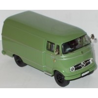 MERCEDES BENZ L319 Box Van, green