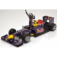 RED BULL Renault RB7 GP Spain'11, World Champion S.Vettel (with figure) (limited 1000)