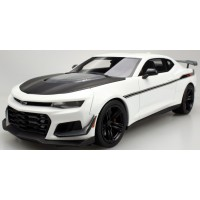 CHEVROLET ZL1 1LE Camaro Henessey HPE850, exorcist white (limited 500)